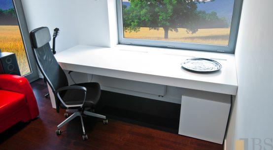 Kompleksowa realizacja domu, nowoczesne biurko, biurko białe, meble do pokoju