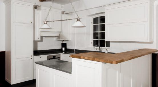 Meble kuchenne na wymiar, kuchnia w stylu szwedzkim, kuchnia biała