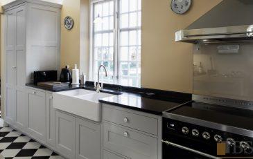 Meble kuchenne na wymiar,meble kuchenne w stylu szwedzkim, kuchnia w stylu szwedzkim, kuchnia szara