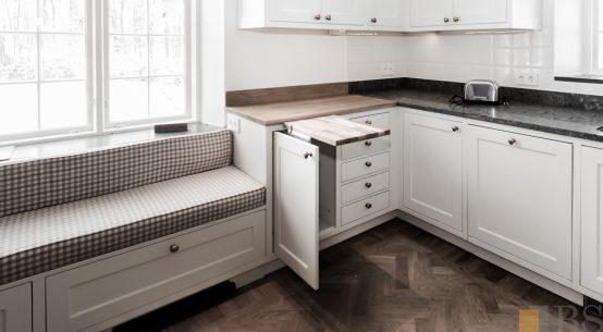 kuchnia biała, meble s stylu szwedzkim