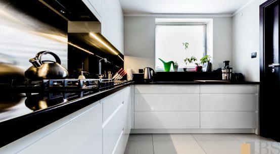 Biała kuchnia, kuchnia nowoczesna, kuchnia biały połysk, kuchnia na wymiar