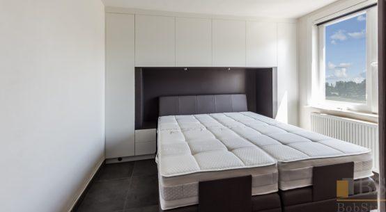 szafa do sypialni z wnęką, szafa zabudowana biała